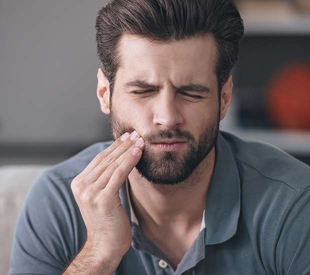 Dearborn Can a Cracked Tooth be Saved with a Root Canal and Crown