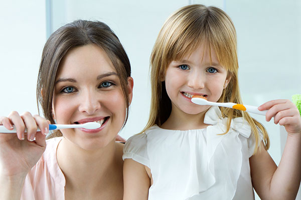 Tips From A Kid Friendly Dentist On How To Care For Developing Teeth